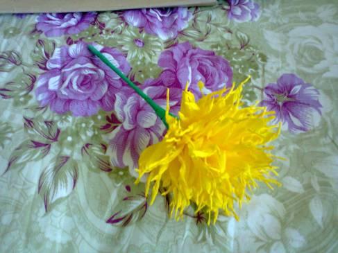 floare din hartie creponata, crizantema