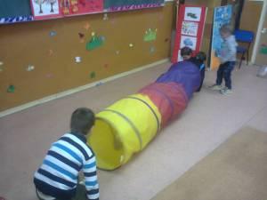 tunel copii