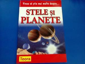 Stele si planete, Teora
